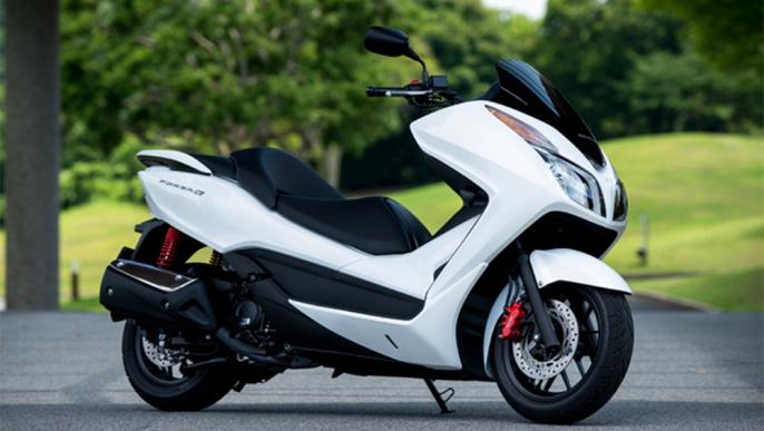 Hình ảnh cực chất của Honda Forza Si với phụ kiện Mugen
