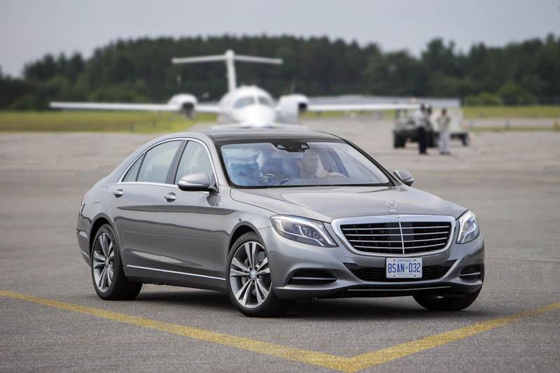 Ô tô Mercedes-Benz và Audi thu hẹp khoảng cách với xe BMW