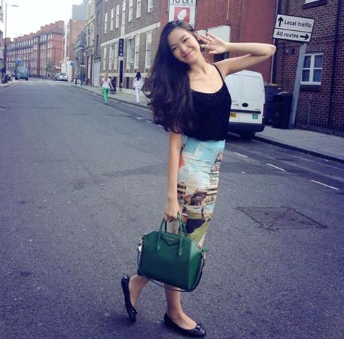 Ngắm 4 cô gái cao 1m8 mặc đẹp nhất Việt Nam