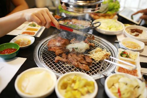 Cuối tuần cùng bè bạn thưởng thức các món nướng Hàn Quốc ở Hà Nội