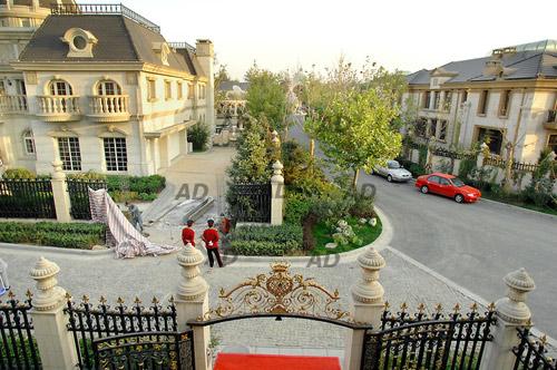 Choáng váng nhà xa xỉ của giới siêu giàu Trung Quốc