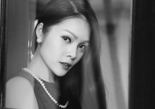 Dương Cẩm Lynh thanh lịch trong ảnh trắng đen