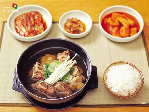 'Thèm thuồng' trước những món ăn đầy tính nghệ thuật Hàn Quốc