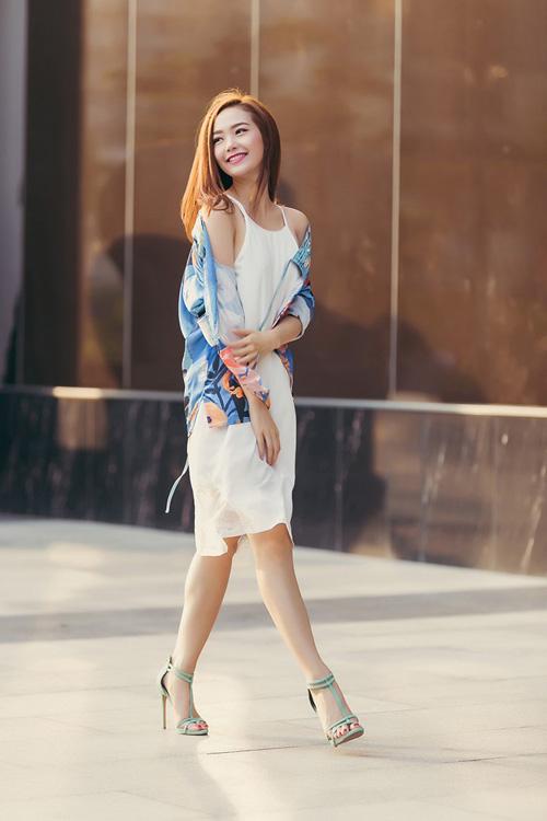 Những kiểu váy hè đẹp và mát mà phái đẹp nên mua