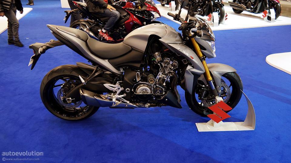 Cận cảnh Suzuki GSX-S1000 trong triển lãm moto