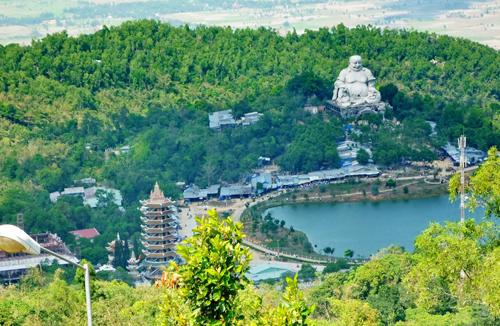 Tận hưởng cáp treo Núi Cấm An Giang cho mùa hè này