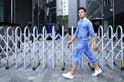 Nam thần Showbiz Việt bảnh bao với phong cách thể thao