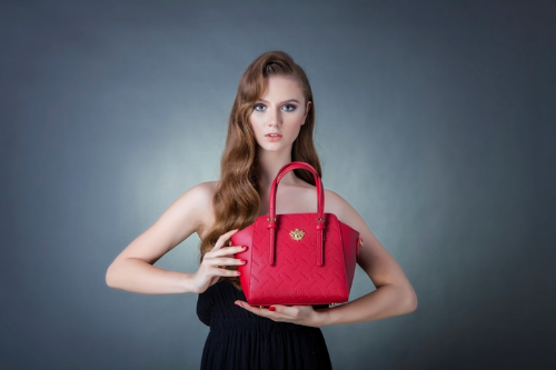 Lemino monogram - Phong cách thời trang Italy