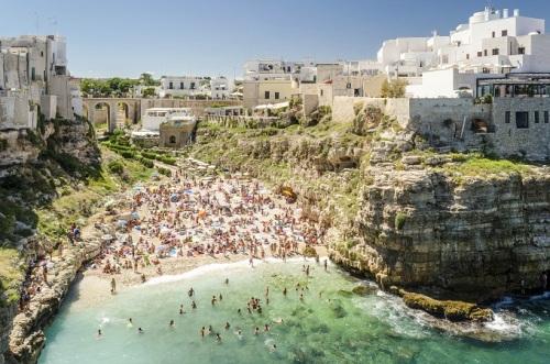 Ngắm 10 bãi biển hút khách nhất thế giới
