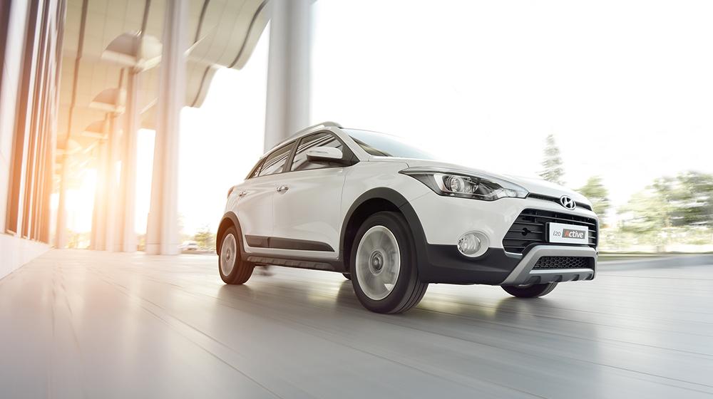 So sánh Ford EcoSport và Hyundai i20 Active