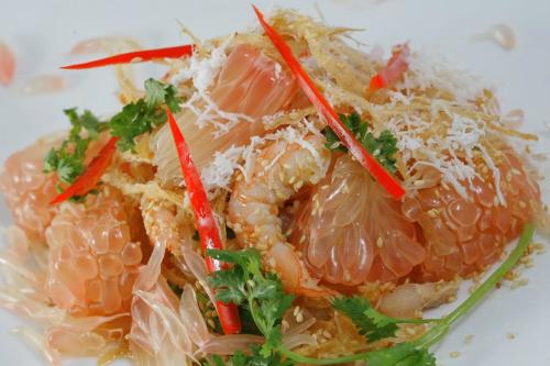 Gỏi bưởi - món ngon miệt vườn ở Đồng Nai