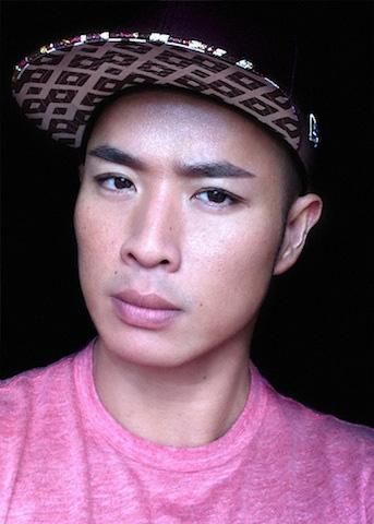 Hung Vanngo: 'Tôi học cách tán mắt khói từ siêu mẫu'