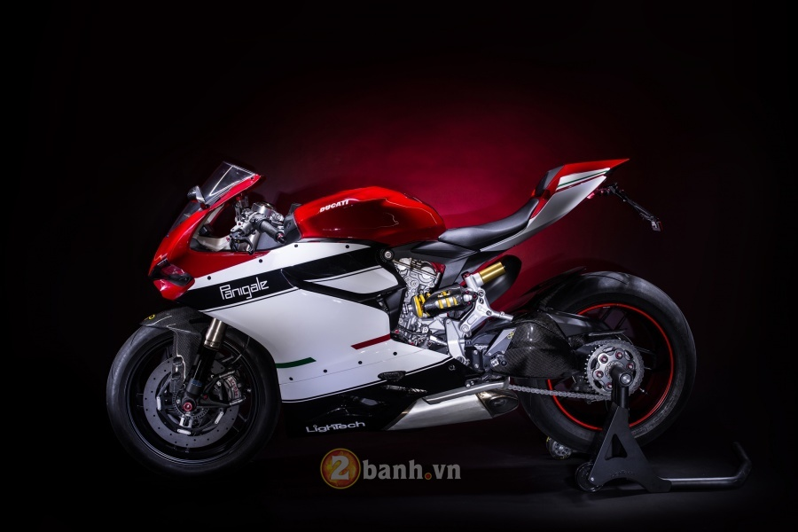 Ducati 1199 Panigale độ đẹp tuyệt hảo với phiên bản LighTech