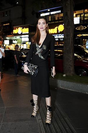 Cây Gucci trăm triệu của nữ hoàng giải trí Hà Hồ