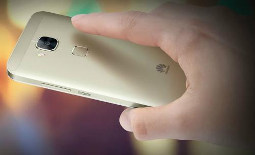 5 smartphone tính năng độc đáo, giá 'mềm'