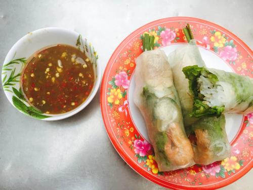 Những món ngon dễ tìm thấy trong chợ Sài Gòn
