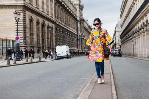 """Cảm hứng châu Á """"xâm lấn"""" Thời trang Paris"""