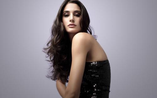 Say đắm ngắm những mỹ nhân đẹp tựa nữ thần Ấn Độ