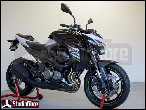 Chiến binh Kawasaki Z800 full carbon đầy mê hoặc