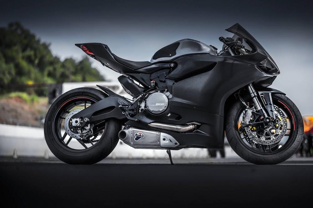 Ducati 899 Panigale nhôm xước huyền ảo