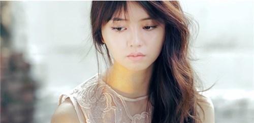 17 tuổi Kim So Hyun đã quyến rũ thế này đây!