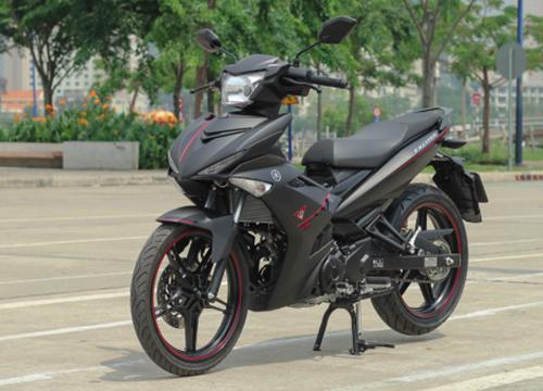 Chi tiết Exciter 150 màu đen nhám mạnh mẽ của biker Việt