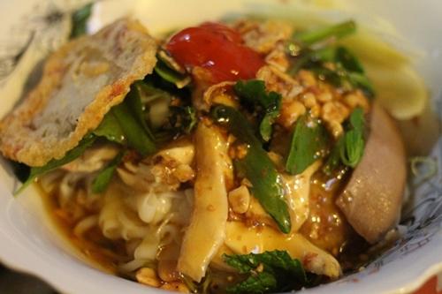 Ghé quán phở chua Lạng Sơn ngon nhất ở Sài Gòn