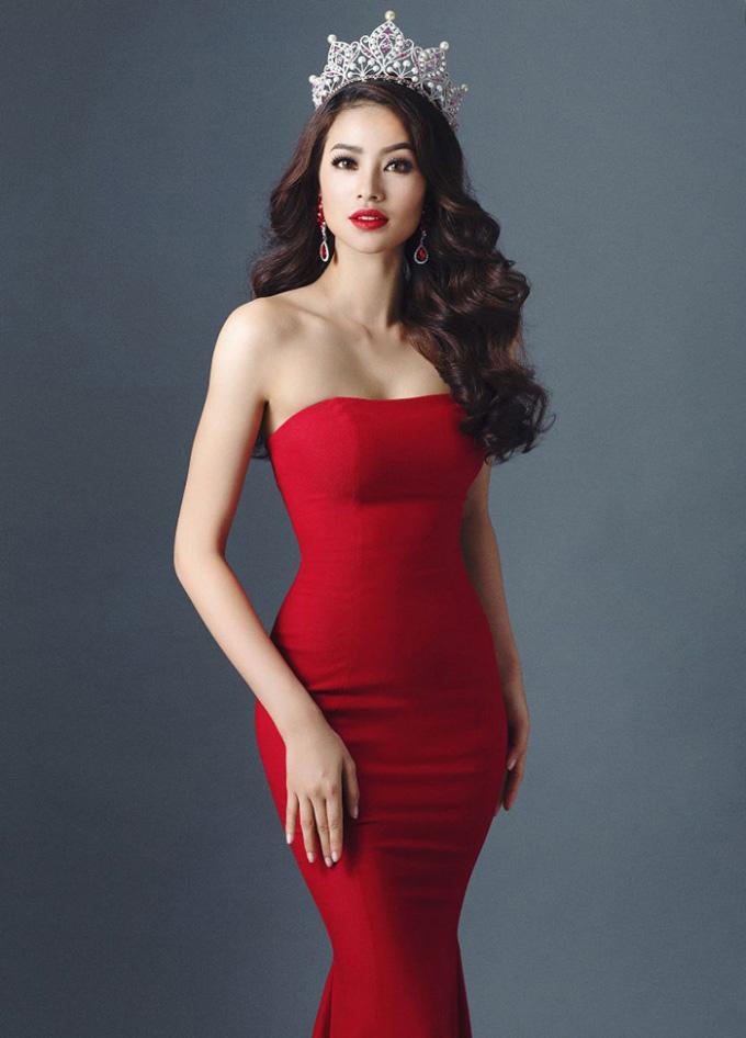 Tiết lộ bí quyết giúp Phạm Hương chiếm ngôi nữ hoàng thảm đỏ