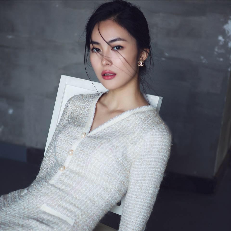Bí quyết làm đẹp của hot girl Helly Tống
