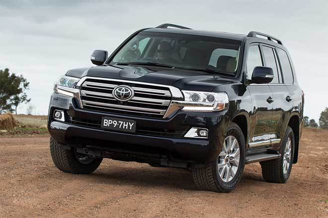 Ô tô Toyota Land Cruiser mới có gì khác biệt