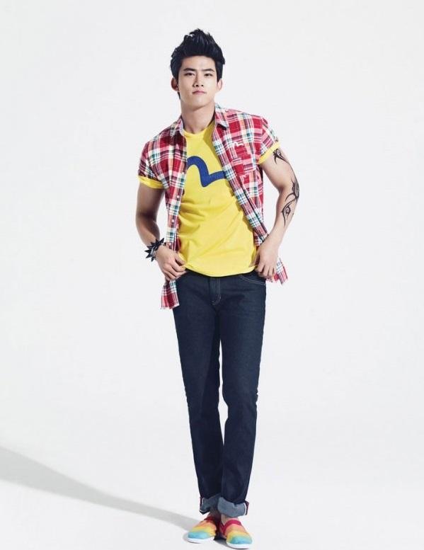 Phối quần Jean nam tinh nghịch đầy cá tính
