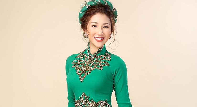 Trang phục truyền thống của Bảo Như