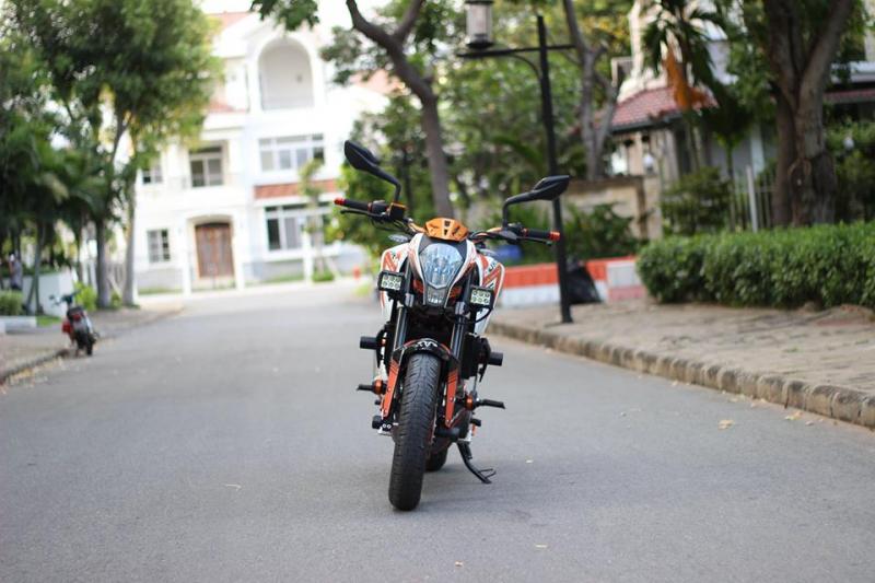 KTM 390 DUKE ABS độ Pô Akrapovic titanium uy lực