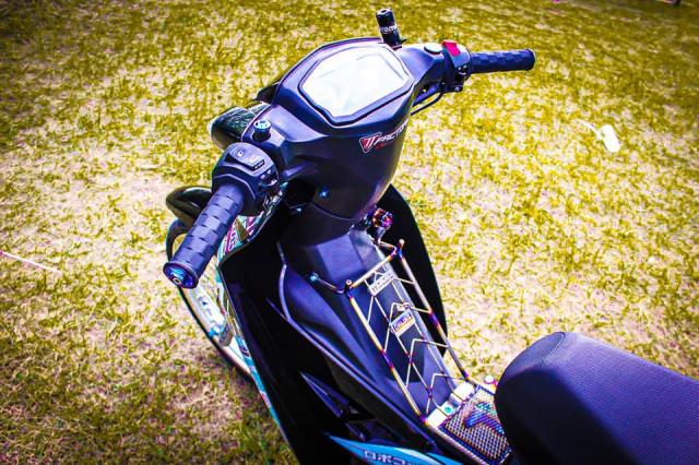 Sirius độ đồng hồ Ducati và dàn đồ Titan giá trị