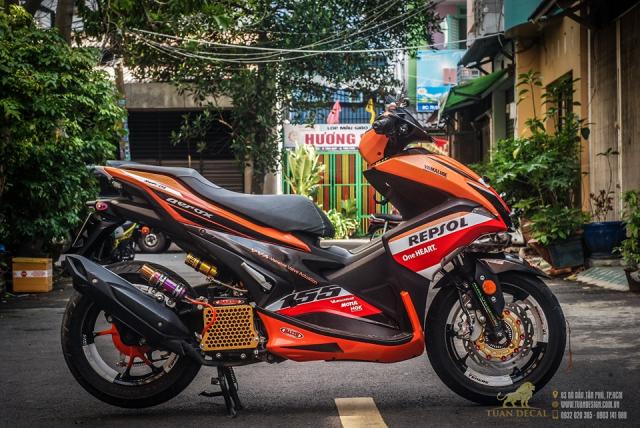 Yamaha NVX 155 độ ấn tượng với bộ giảm xóc đơn