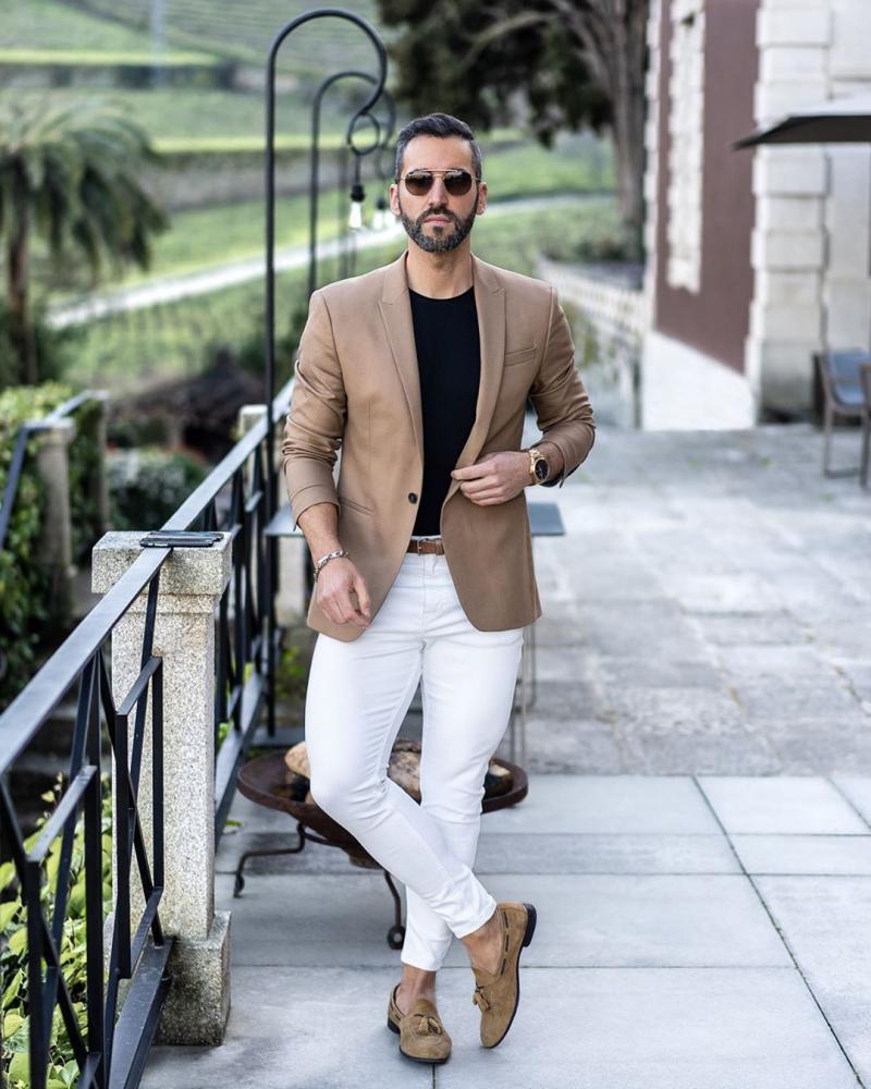 5 cách phối quần jeans trắng giúp chàng thanh lịch
