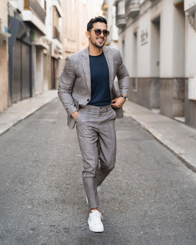 4 Cách phối đồ công sở cùng áo blazer giúp chàng thêm tự tin