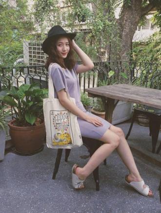 Tín đồ thời trang Việt sành phối đồ với dép lê
