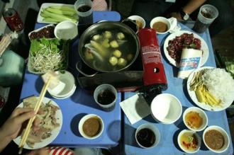 Danh sách quán bò nhúng giấm ngon nức tiếng Hà Nội