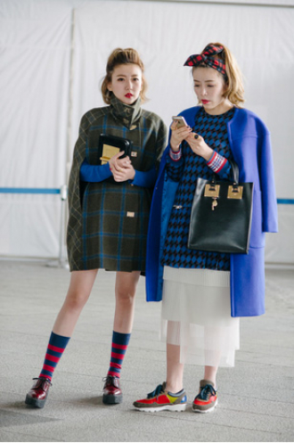Gu mặc ấn tượng của tín đồ thời trang Seoul Fashion Week