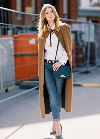Vàng lạc đà - sắc màu giúp trang phục sang trọng hơn