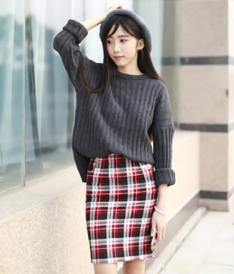 Cách chọn áo len chuẩn cho nữ sinh lên giảng đường