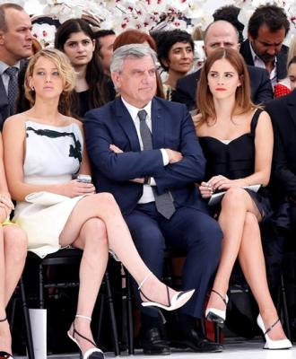 Cát-xê khách VIP được trả khi dự tuần thời trang bao nhiêu?