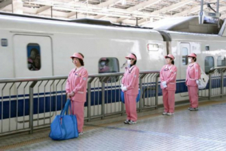 Những 'thiên thần' trên tàu cao tốc Shinkansen