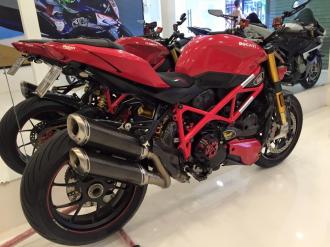 Ngắm chiếc Ducati Streetfighter S đã độ thêm 10 ngàn đô
