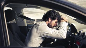 Những hiểm họa chết người khi ngủ trong xe bật điều hòa
