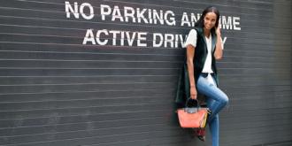 5 cách chế ngự chiếc quần 'chắp vá' khi đi làm và dạo phố