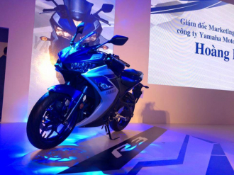 Chọn Yamaha YZR-R3 hay Kawasaki Ninja 300?