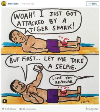 """""""Chóng mặt"""" bị cá mập cắn, chàng trai vẫn tranh thủ selfie"""