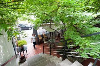 Ghé thăm quán cà phê phong cách điện ảnh ở Hà Thành